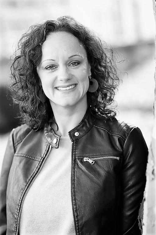 Over Suzanne van der Liende
